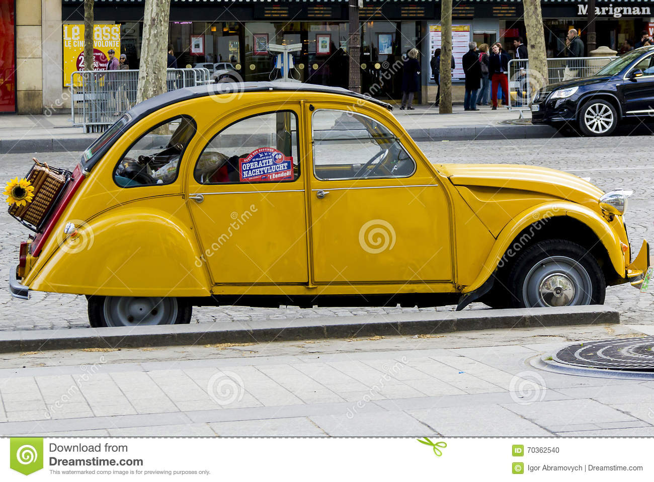 the old yellow citroen 2cv editorial image  image of simple