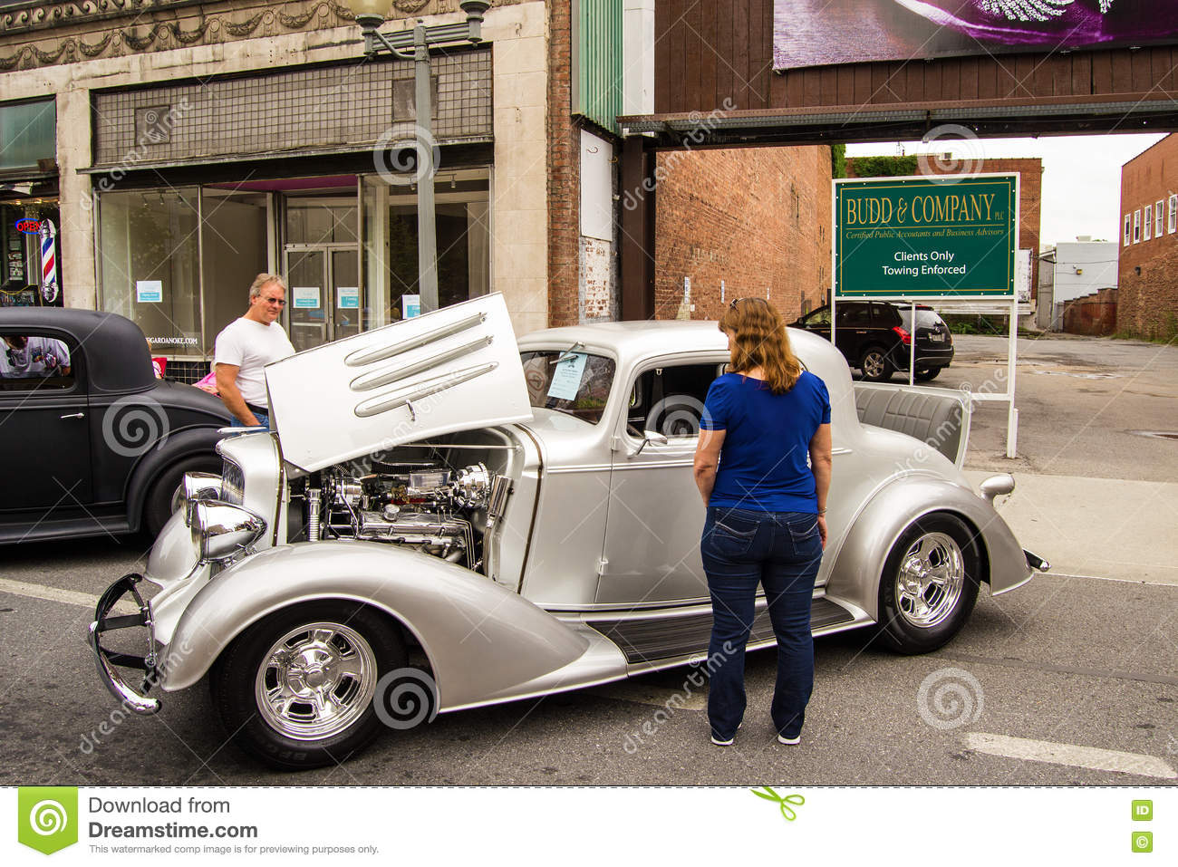 1933 Oldsmobile F-33 Sport Coupe Editorial Photography