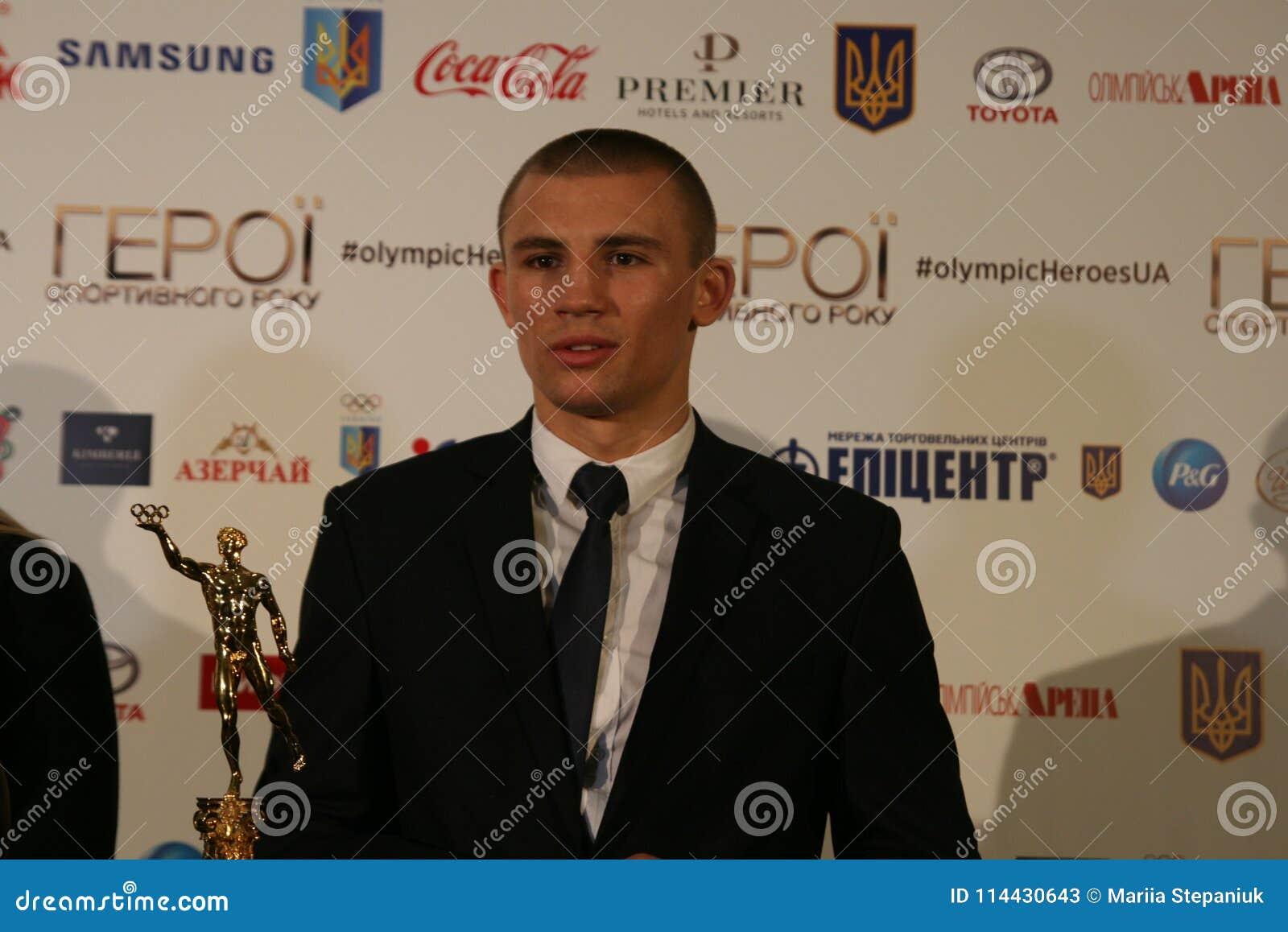 Oleksandr Khyzhniak na conferência de imprensa