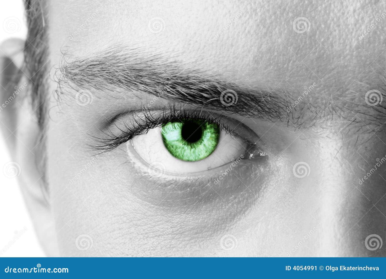 Olho de homem verde