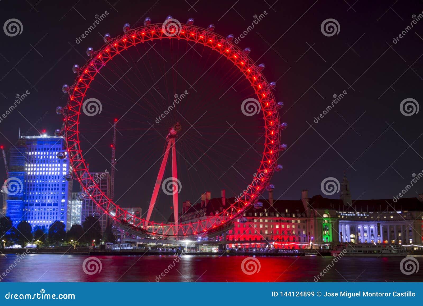 Olho de Londres na noite