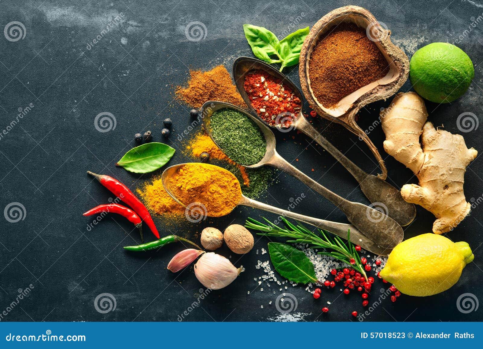 Olika örtar och kryddor