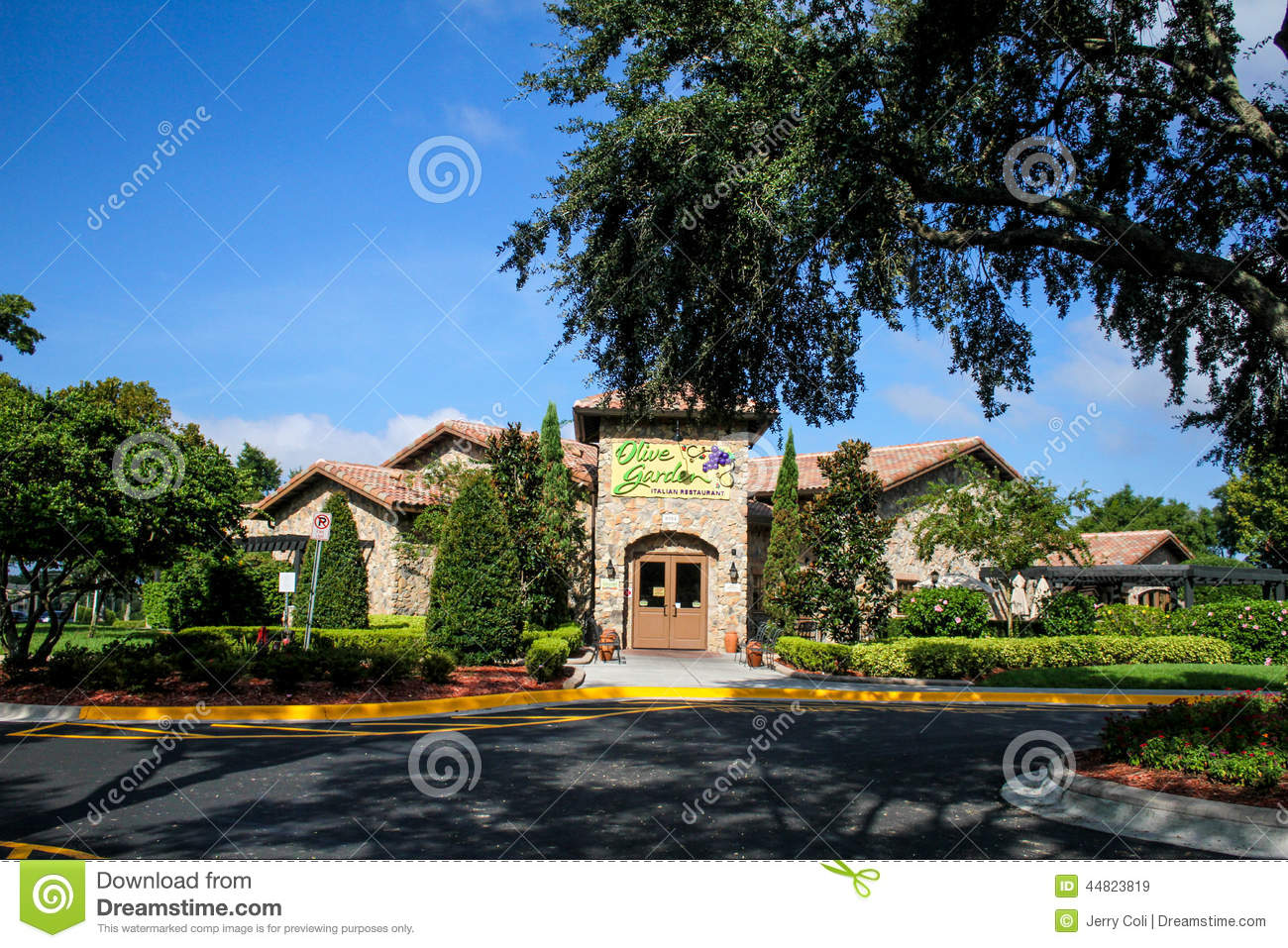 download olive garden international drive orlando florida editorial stock image image of excitement - Olive Garden Orlando
