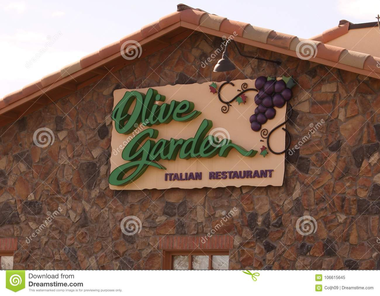 Olive Garden Sign editorial image. Image of italian - 106615645