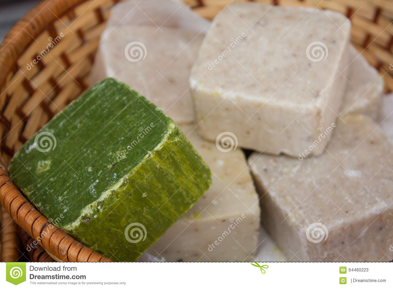 how to cut soap into bars