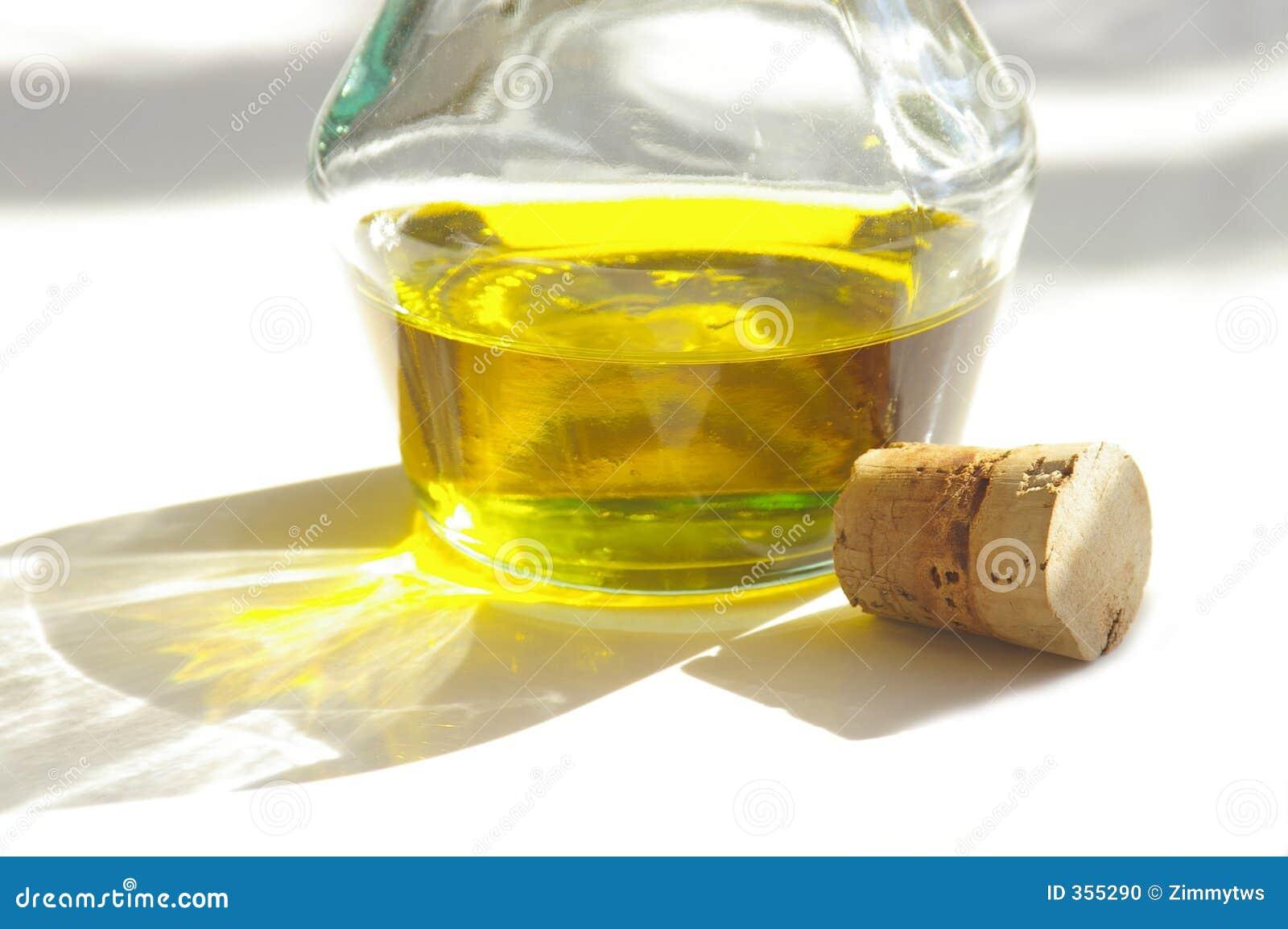 Olivenöl und Korken