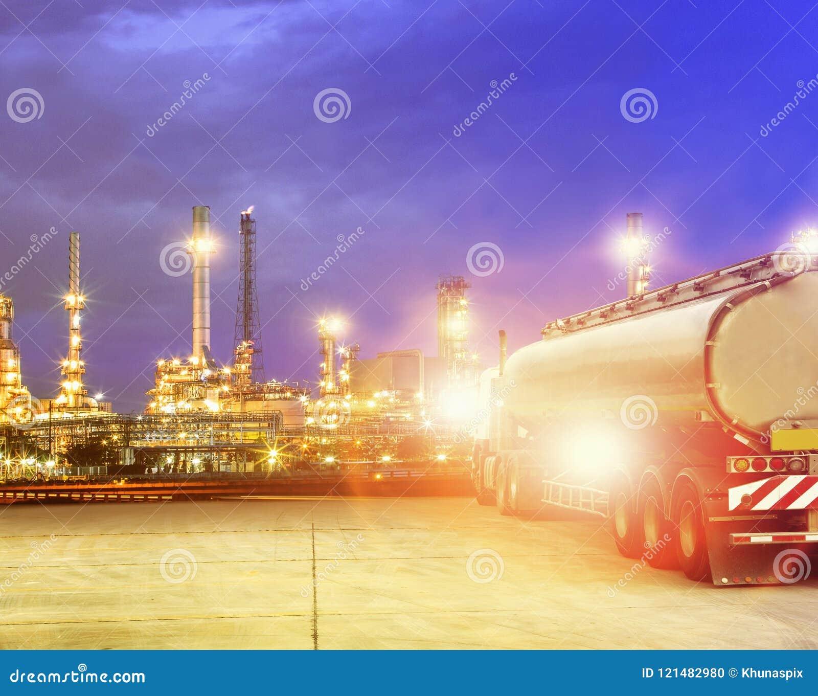 Olje- behållarelastbil i tungt gods för petrokemisk bransch