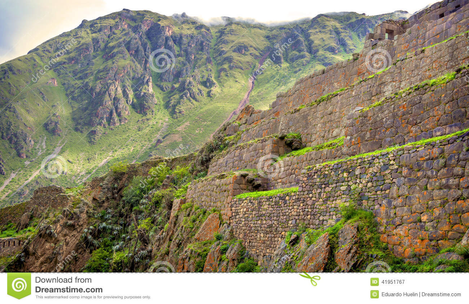 ����y.���,�acz-.y�-yol_ollantaytambo,神圣的谷的老印加人堡垒在库斯科,秘鲁,南美安地斯山.