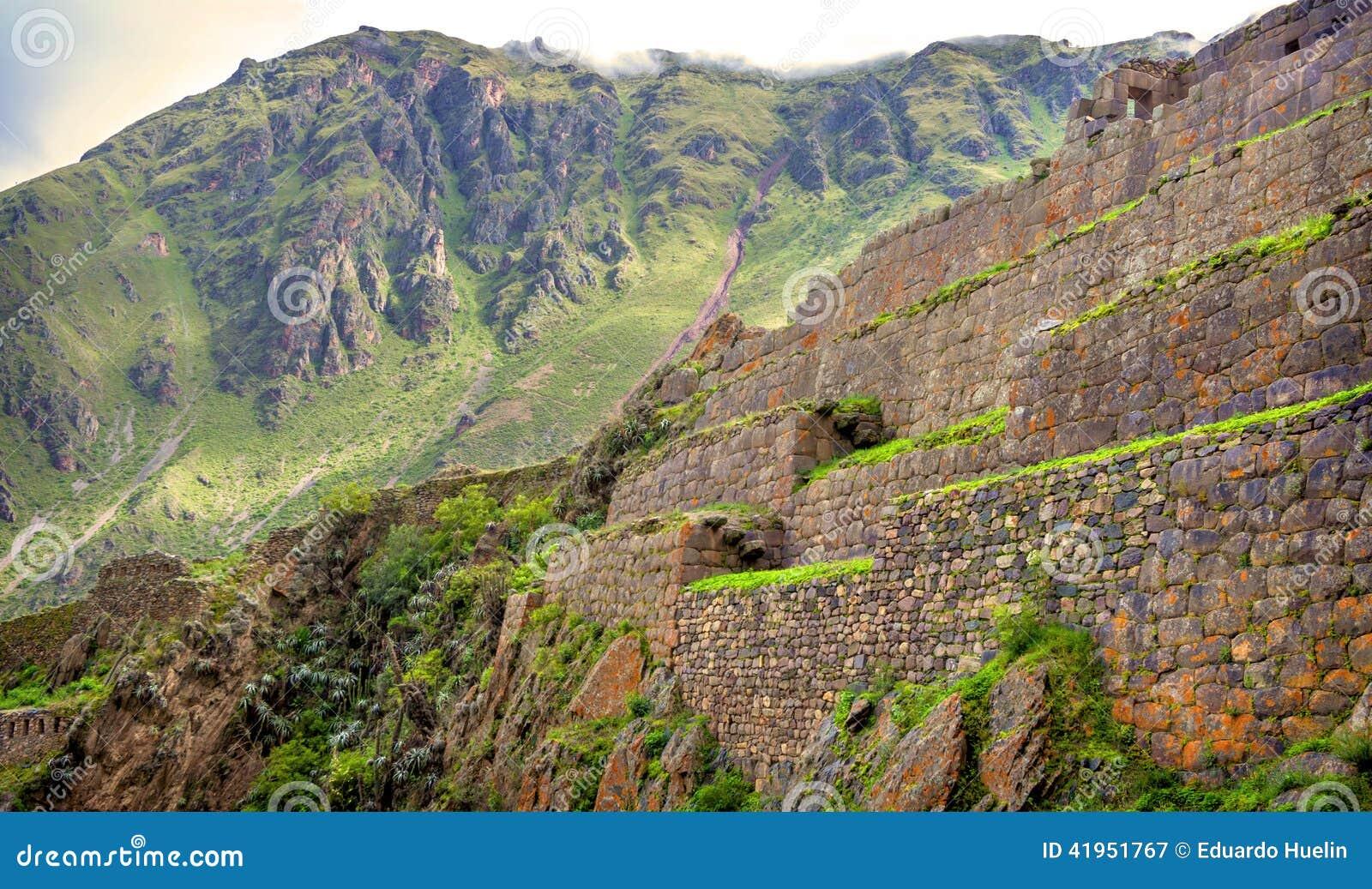 Ollantaytambo, stary inka forteca w Świętej dolinie w I