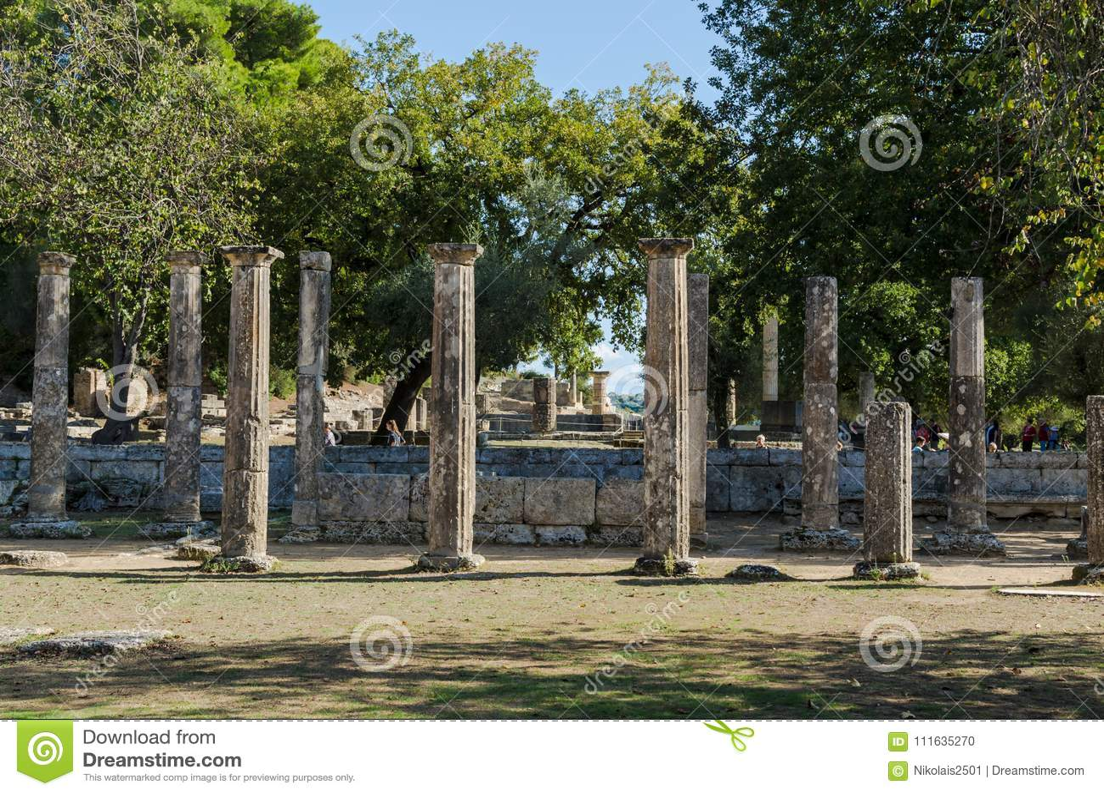 Olympia Grekland - Oktober 31, 2017: Fördärvar av den forntida Olympia, Peloponnesus, Grekland