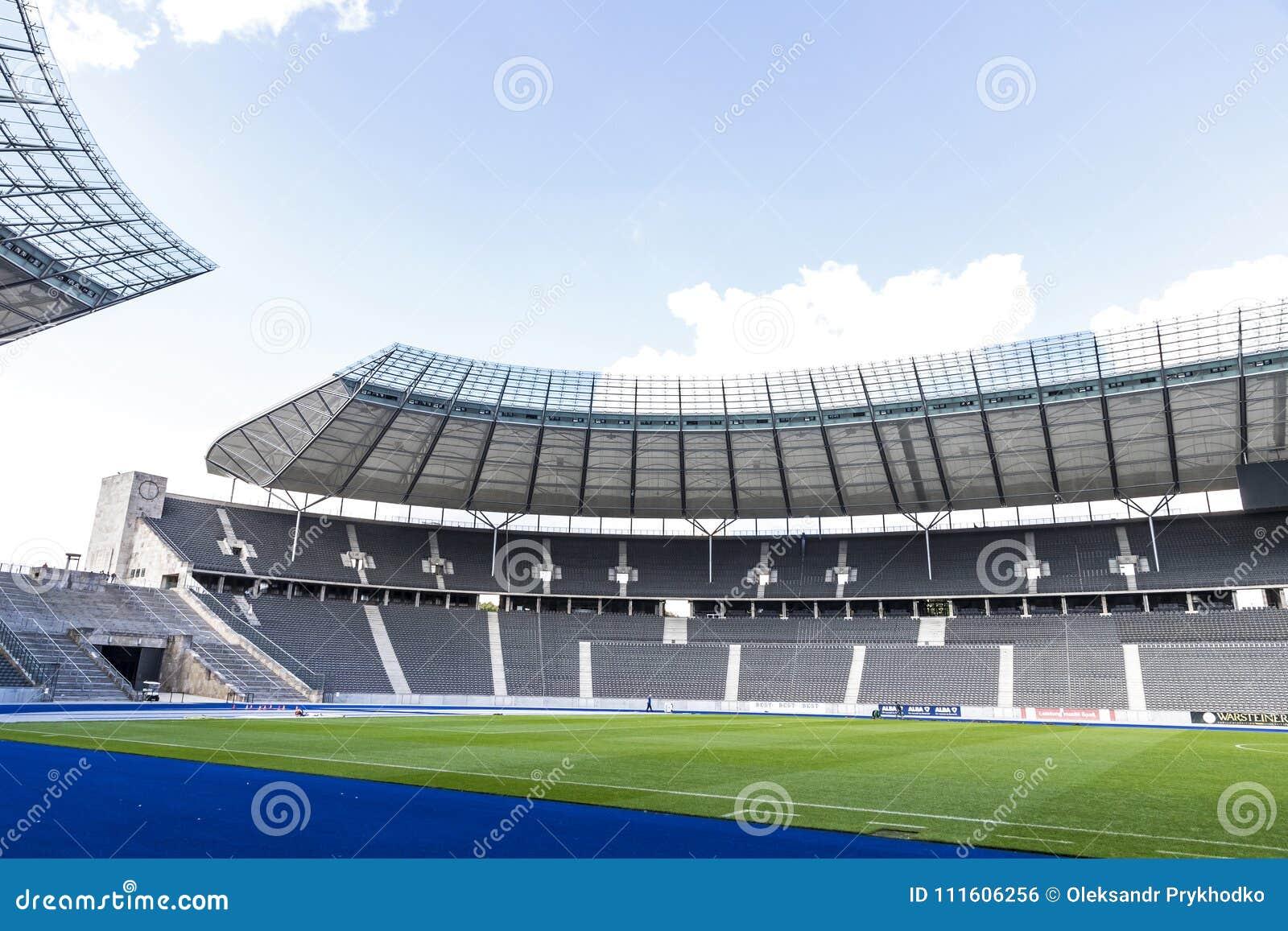 2019 Ausverkauf das Neueste offizieller Preis Olympiastadion O Estádio Olímpico Em Berlim, Alemanha Foto ...