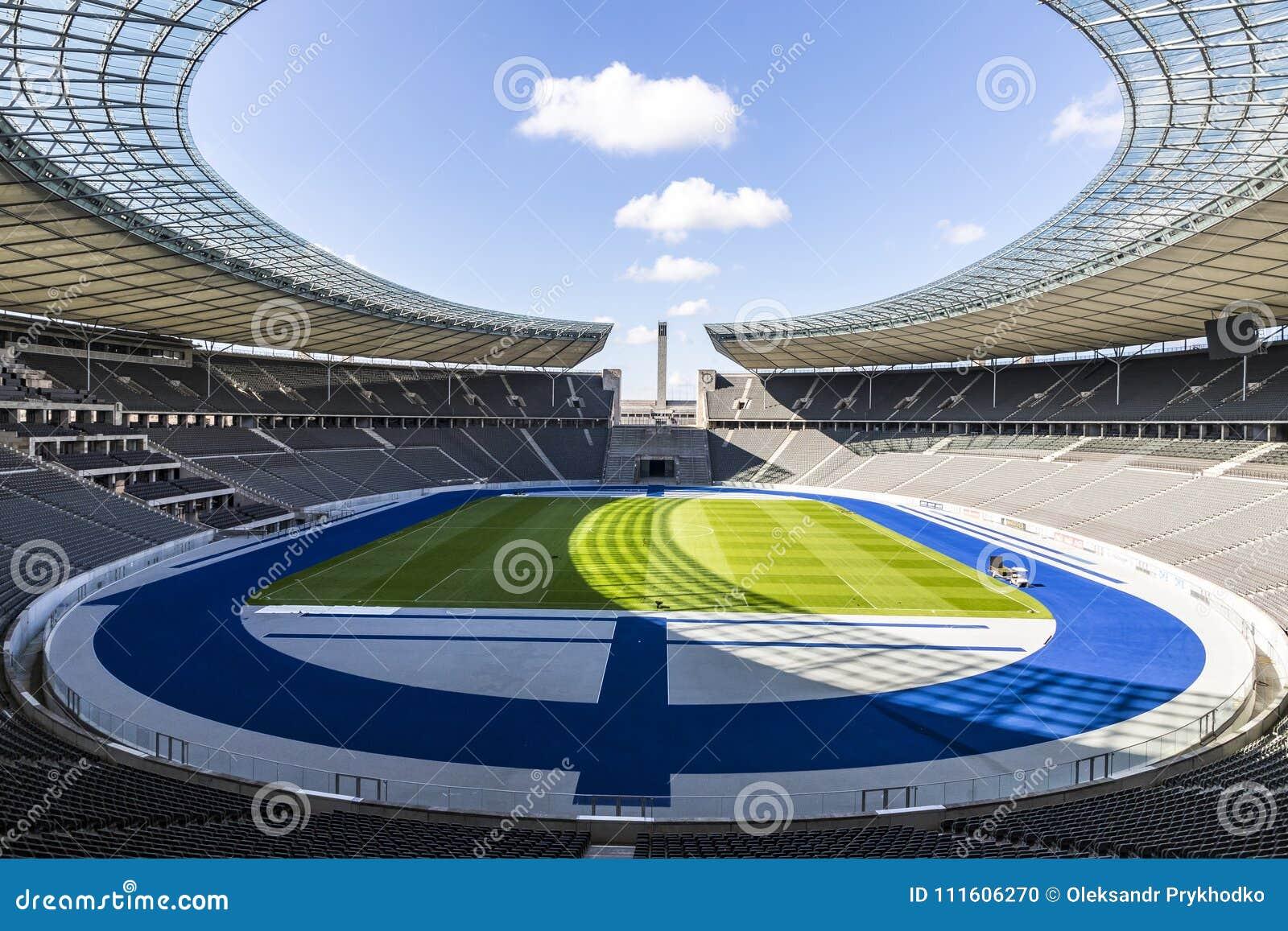 Shop für Beamte abholen Herbst Schuhe Olympiastadion O Estádio Olímpico Em Berlim, Alemanha Imagem ...