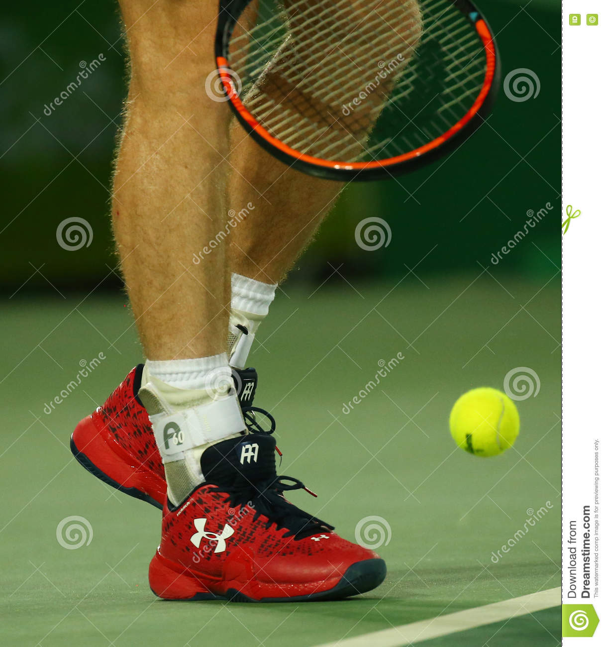 Cincuenta amenaza Sentimental  Olympic Champion Andy Murray Of Great Britain Wears Custom Under Armour  Tennis Shoes During Men`s Singles Final Of The Rio 2016 Editorial Stock  Photo - Image of champion, brazil: 81359498