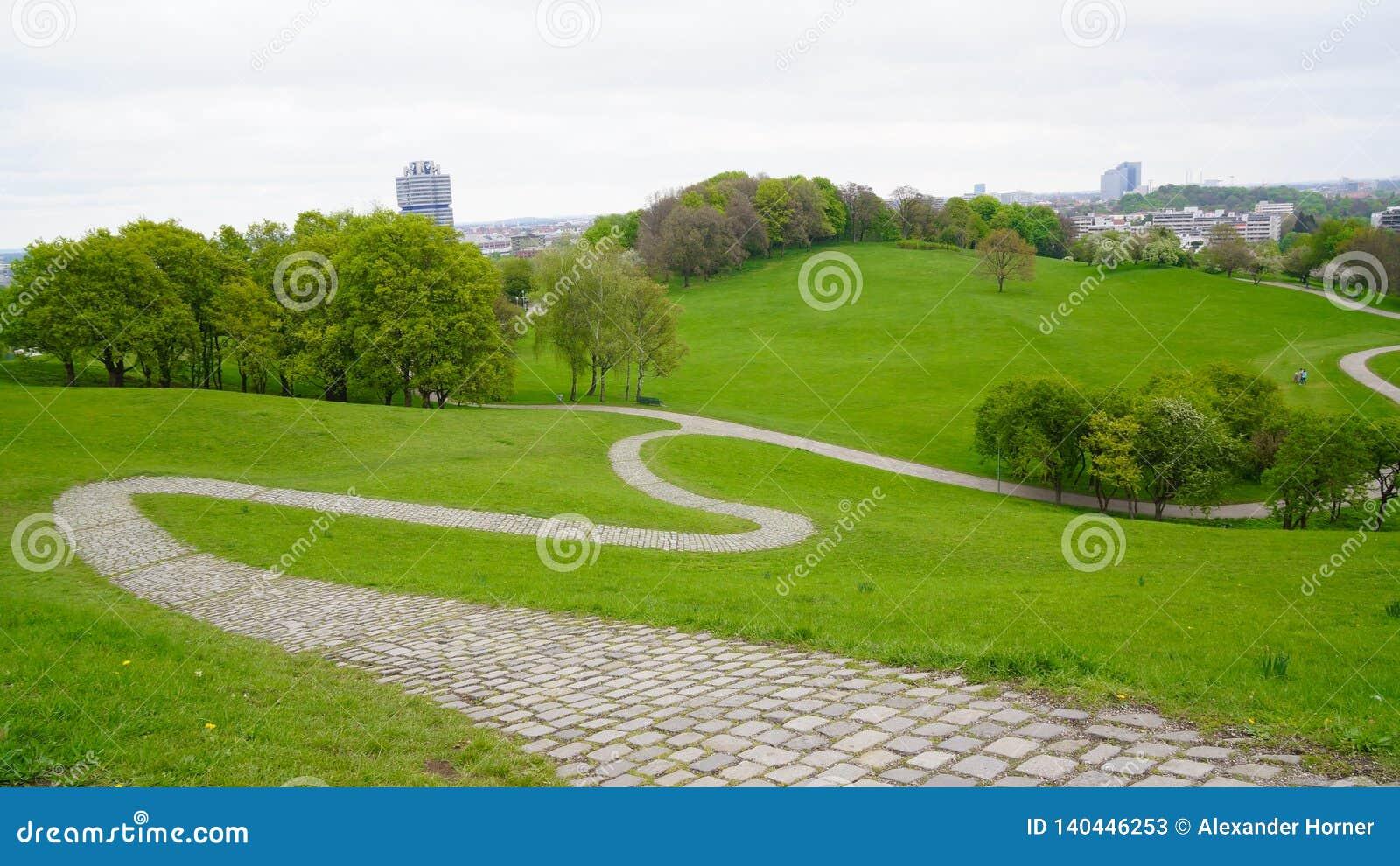 Olympiska spelmunich olympia parkerar bavaria spelar ängen 1972 serpentines den fot- vägen