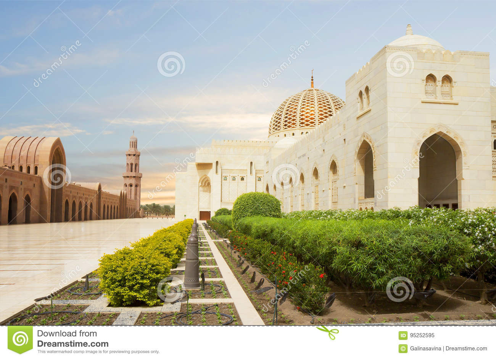 Oman muscat Storslagen moské av Sultan Qaboos