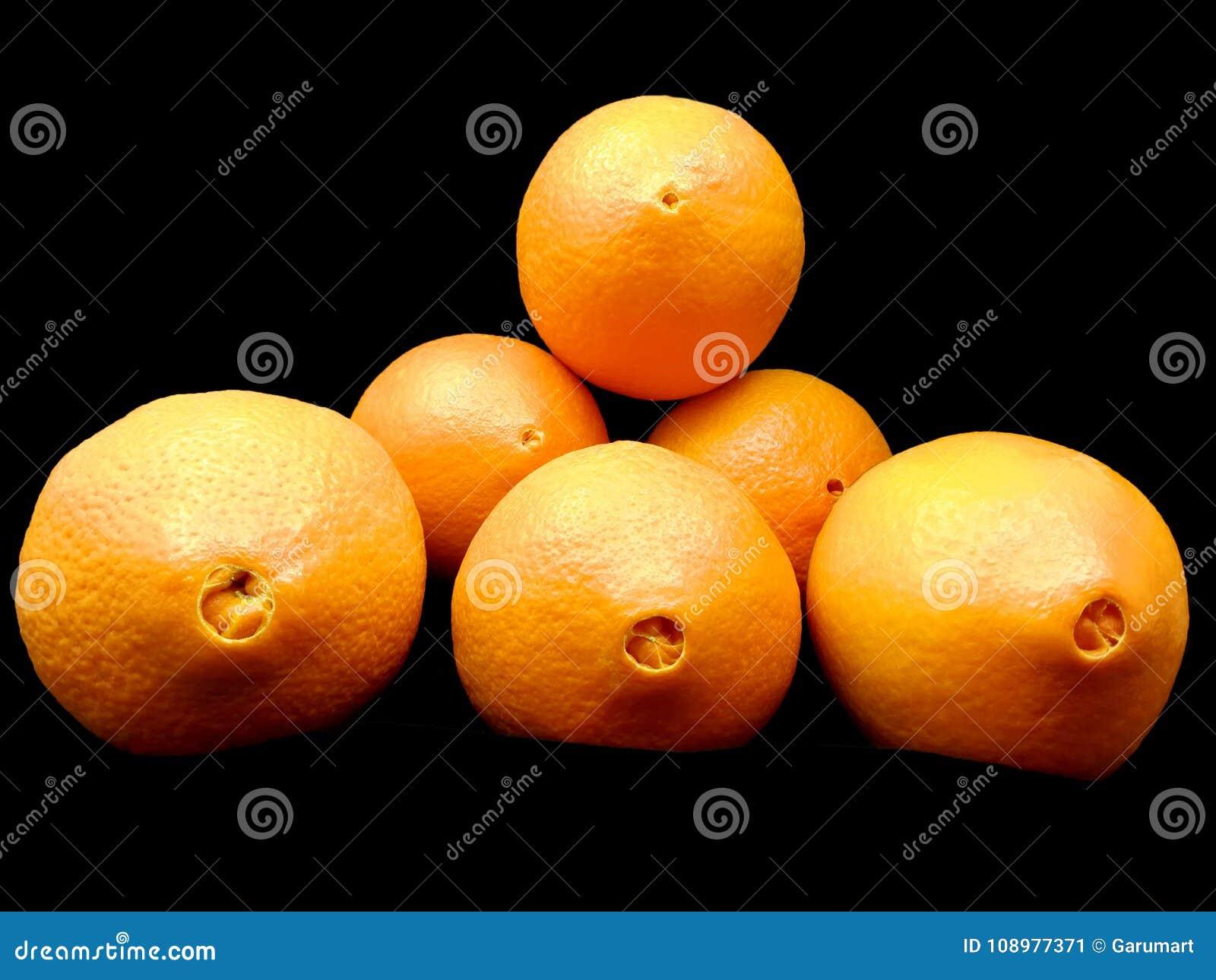 Ombligos de naranjas frescas