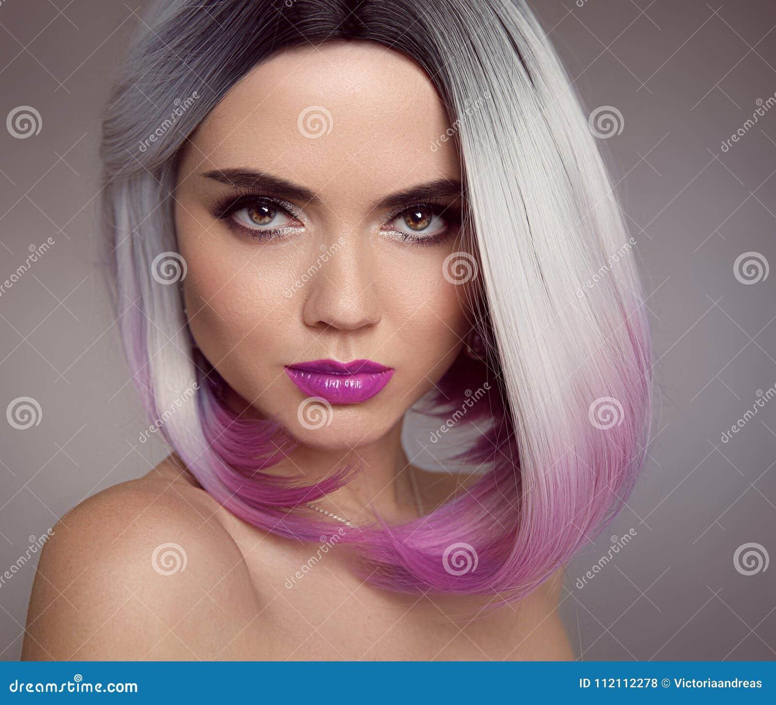 Ombre Blondynki Koczka Skrótu Fryzura Piękna Włosianej Kolorystyki