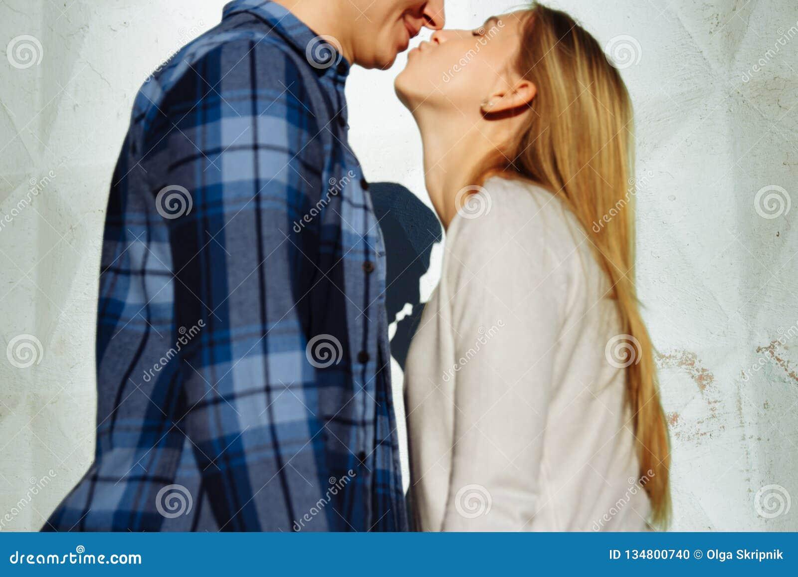 Ombre De Baiser De Couples L Ombre D Un Couple Entre Un Homme Et