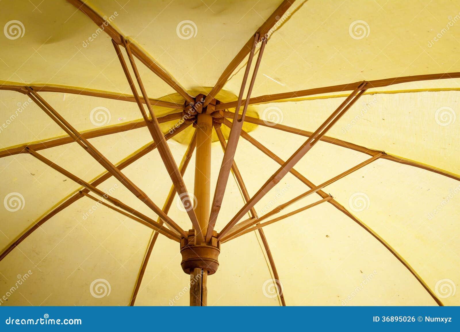 Download Ombrello Fatto Di Carta/di Tessuto. Arti Fotografia Stock - Immagine di arte, esotico: 36895026