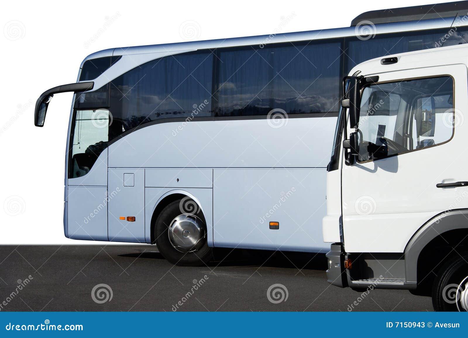 Omnibus y carro