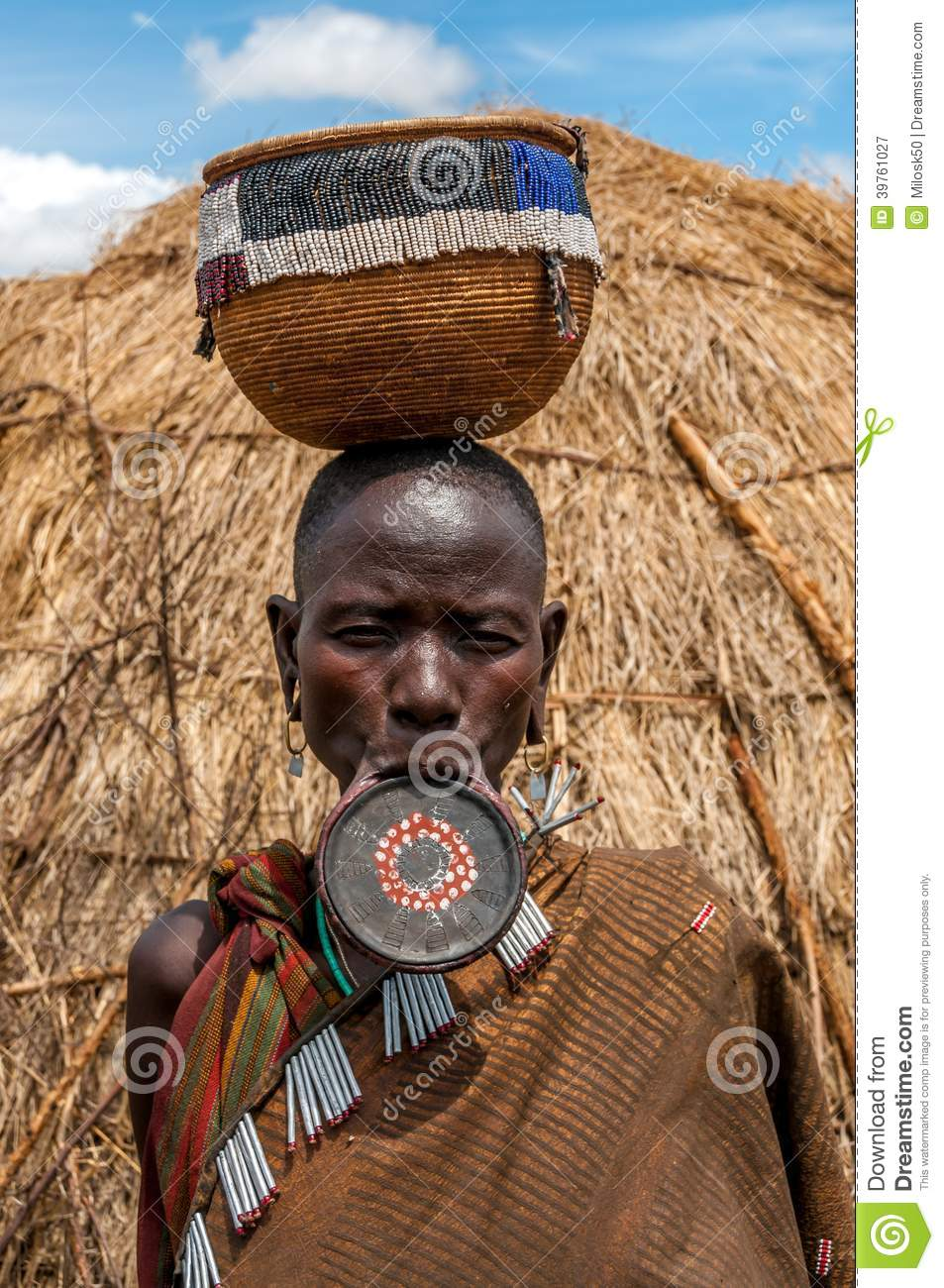 Omo Valley people - Mursi woman with lip plate  sc 1 st  Dreamstime.com & Omo Valley People - Mursi Woman With Lip Plate Editorial Photography ...
