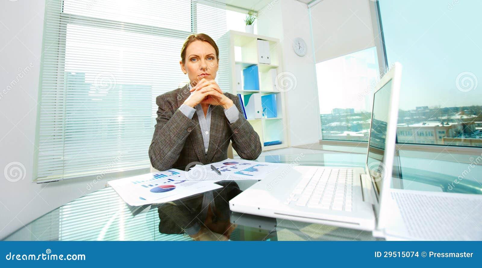Onderneemster op het werk