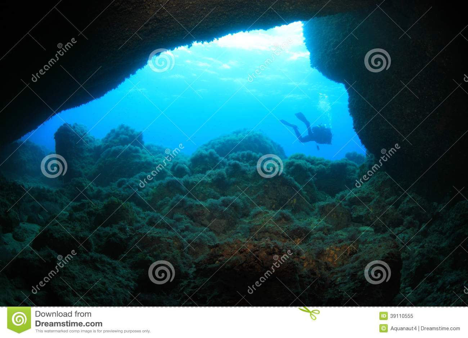 Onderwaterhol