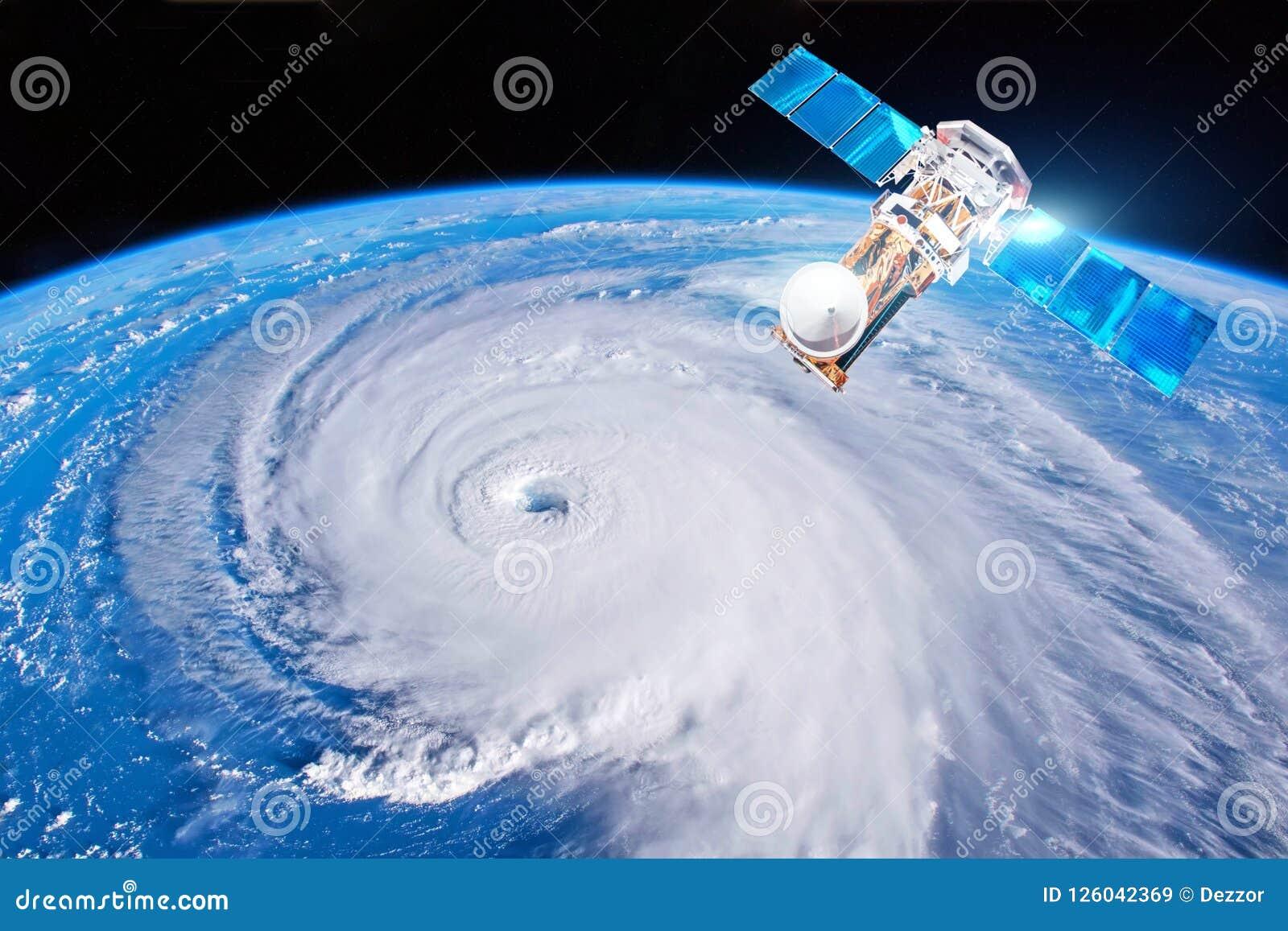 Onderzoek, het sonderen, controleorkaan Florence De satelliet boven de Aarde maakt metingen van de weerparameters elementen