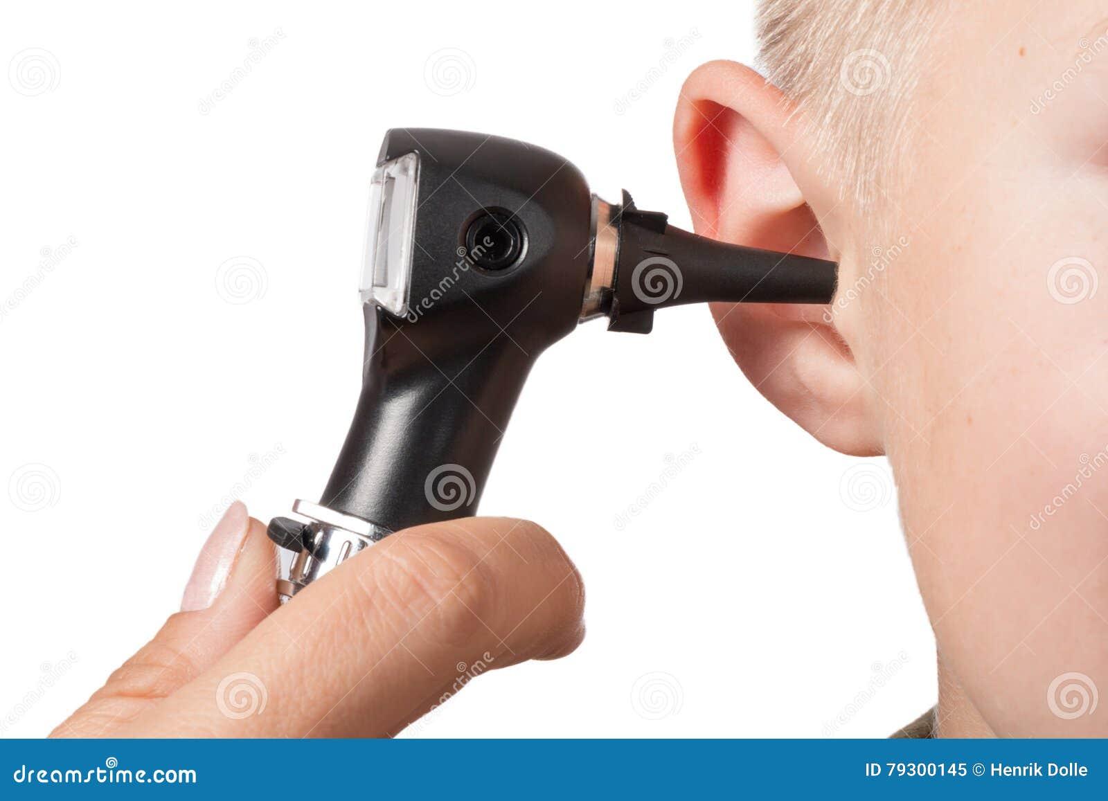 Onderzoek met de oorspiegel