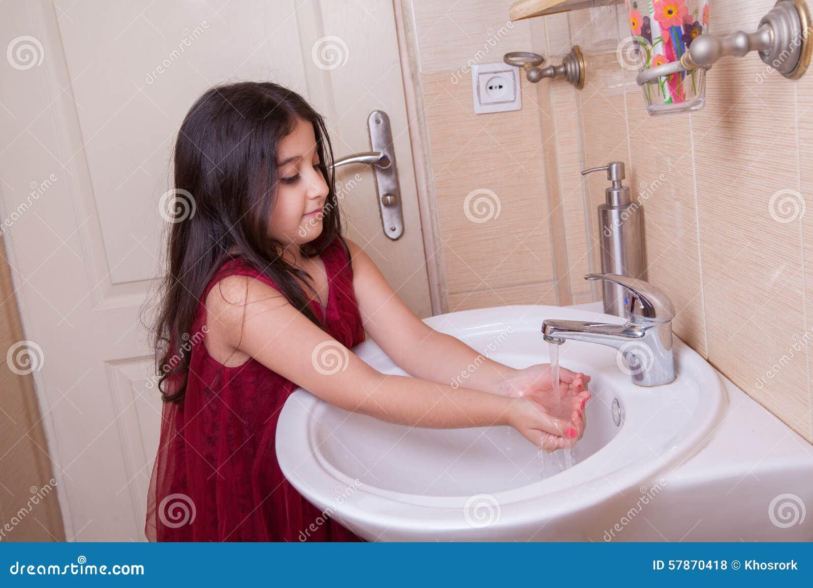 Japanese teen fucked in the bathroom  XVIDEOSCOM