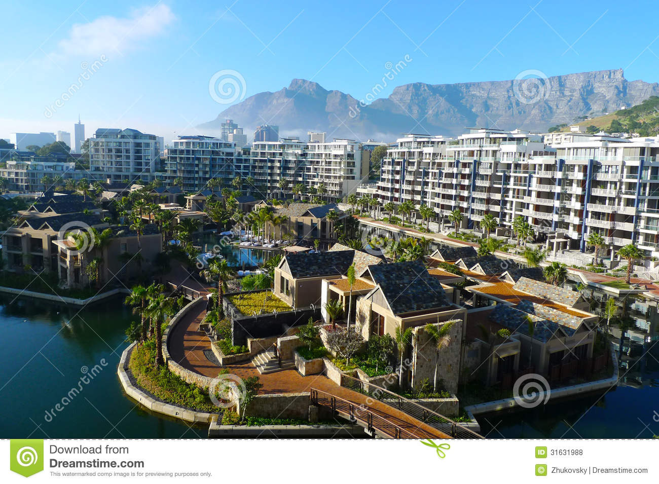 One And Only Hotel And View Of Table Mountain In Cape Town South - Table mountain hotel cape town