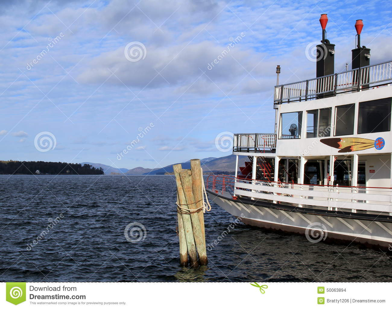 one of the last steam paddle wheelers in america the minni ha ha