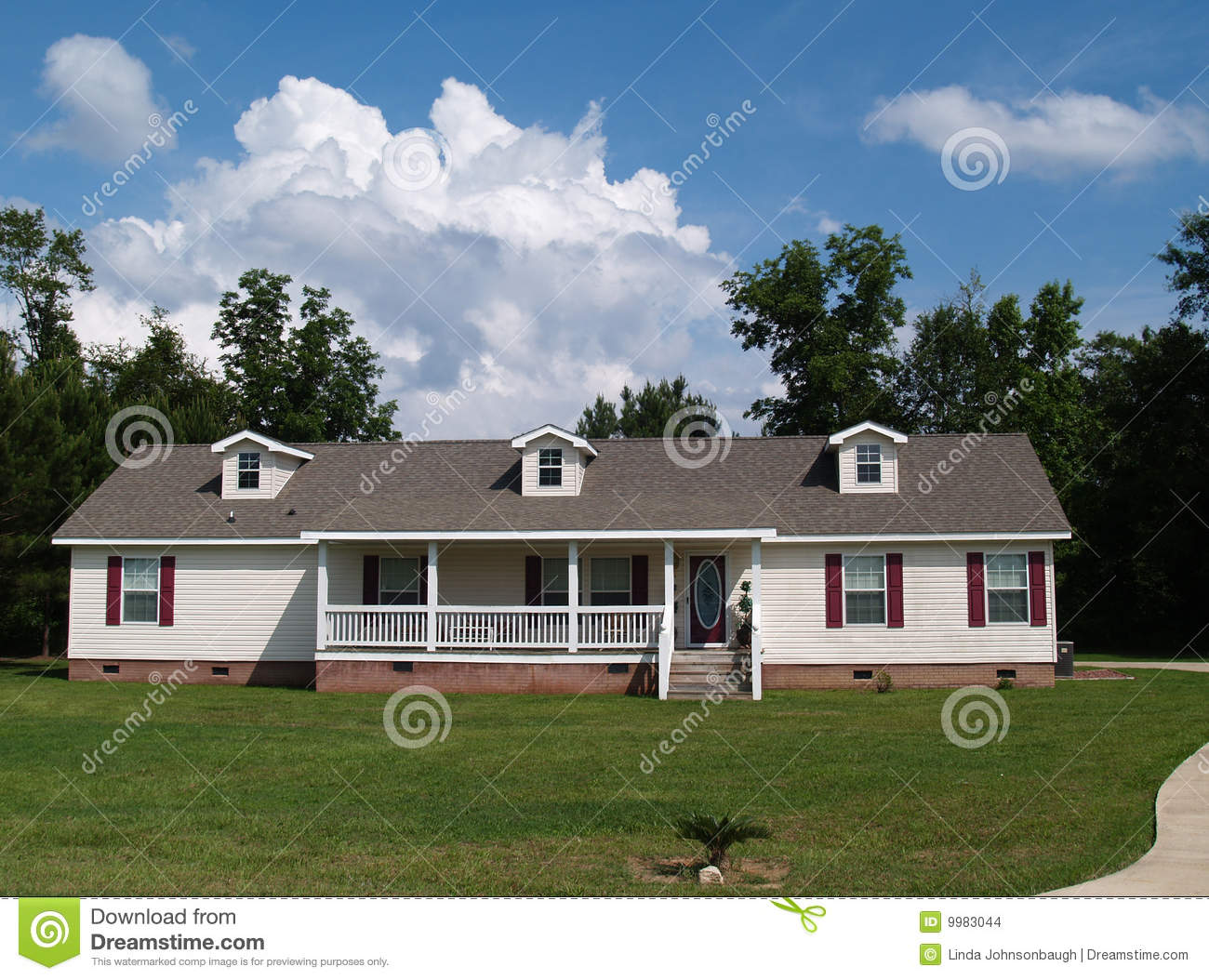 One story ranch residential home stock images image 9983044 for Single story ranch house