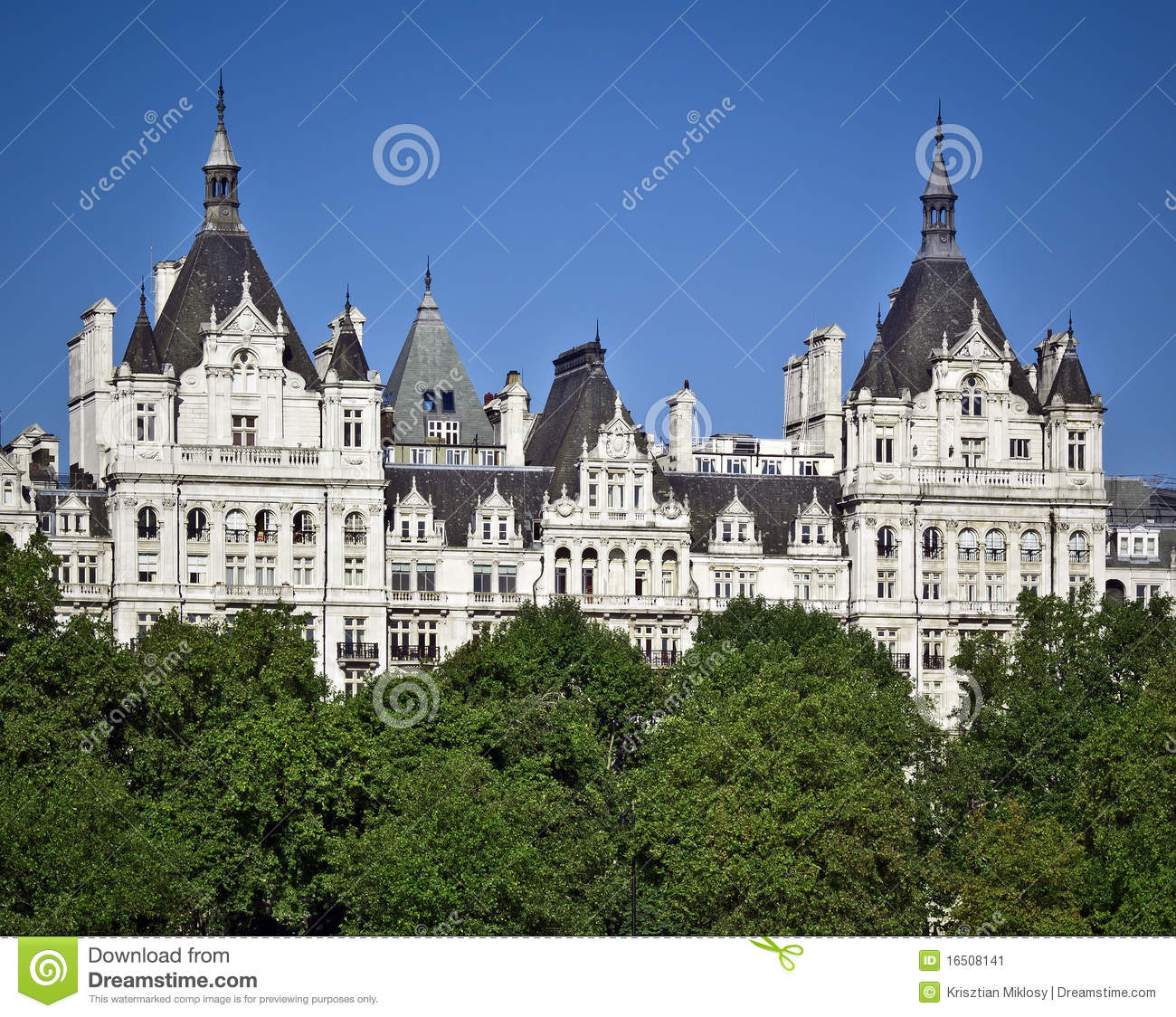 One Whitehall Place, London Stock Image - Image of clear, landmark ...