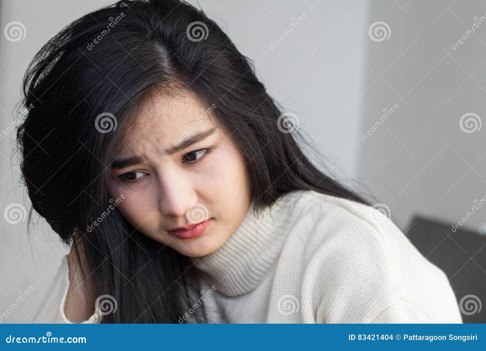 Ongerust gemaakte vrouw