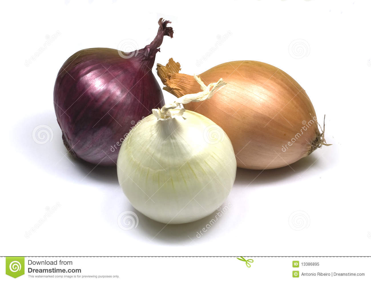 how to cut a white onion