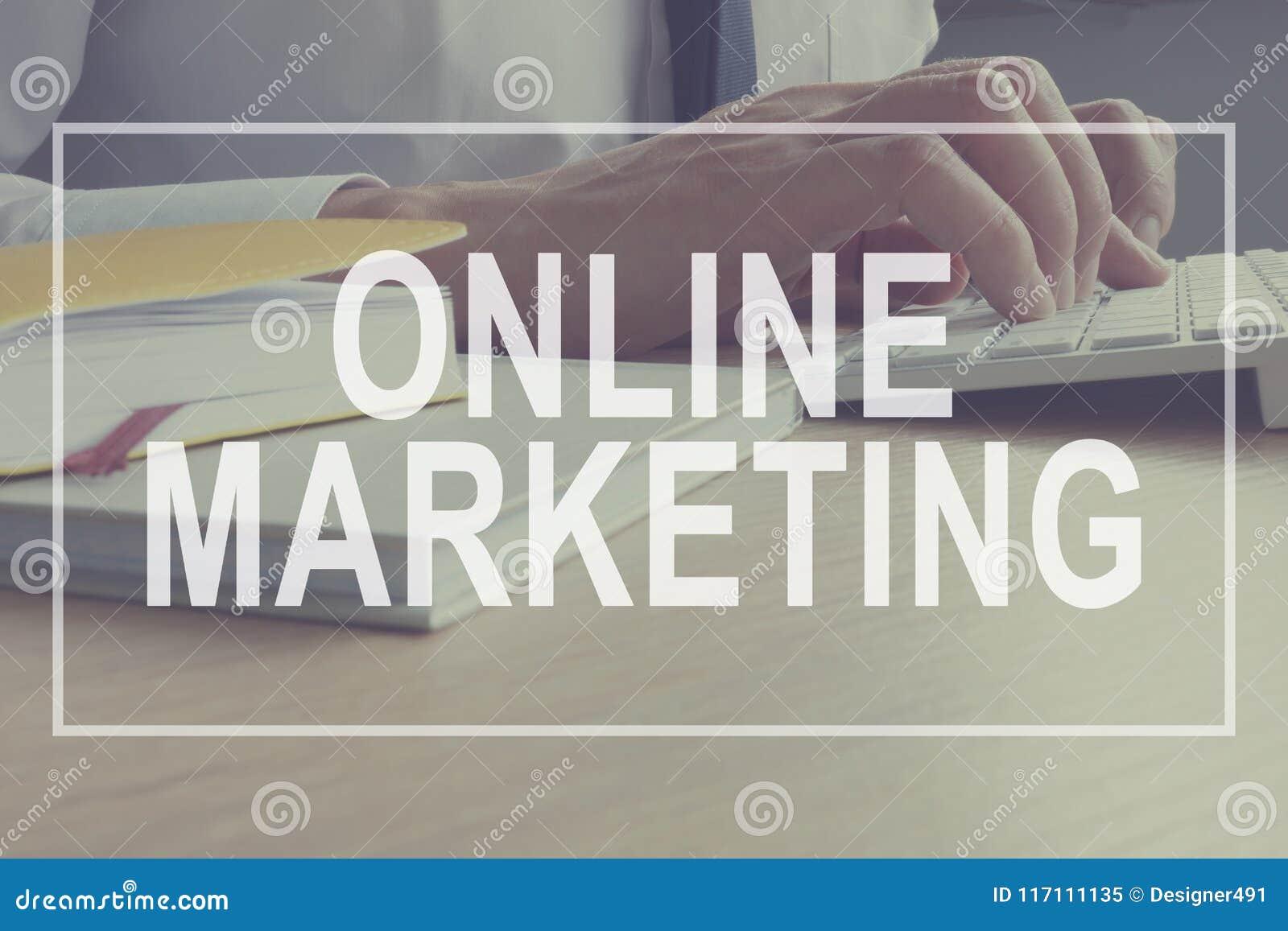 Online-Marketings-Konzept Marketingspezialist arbeitet Branding-Strategie