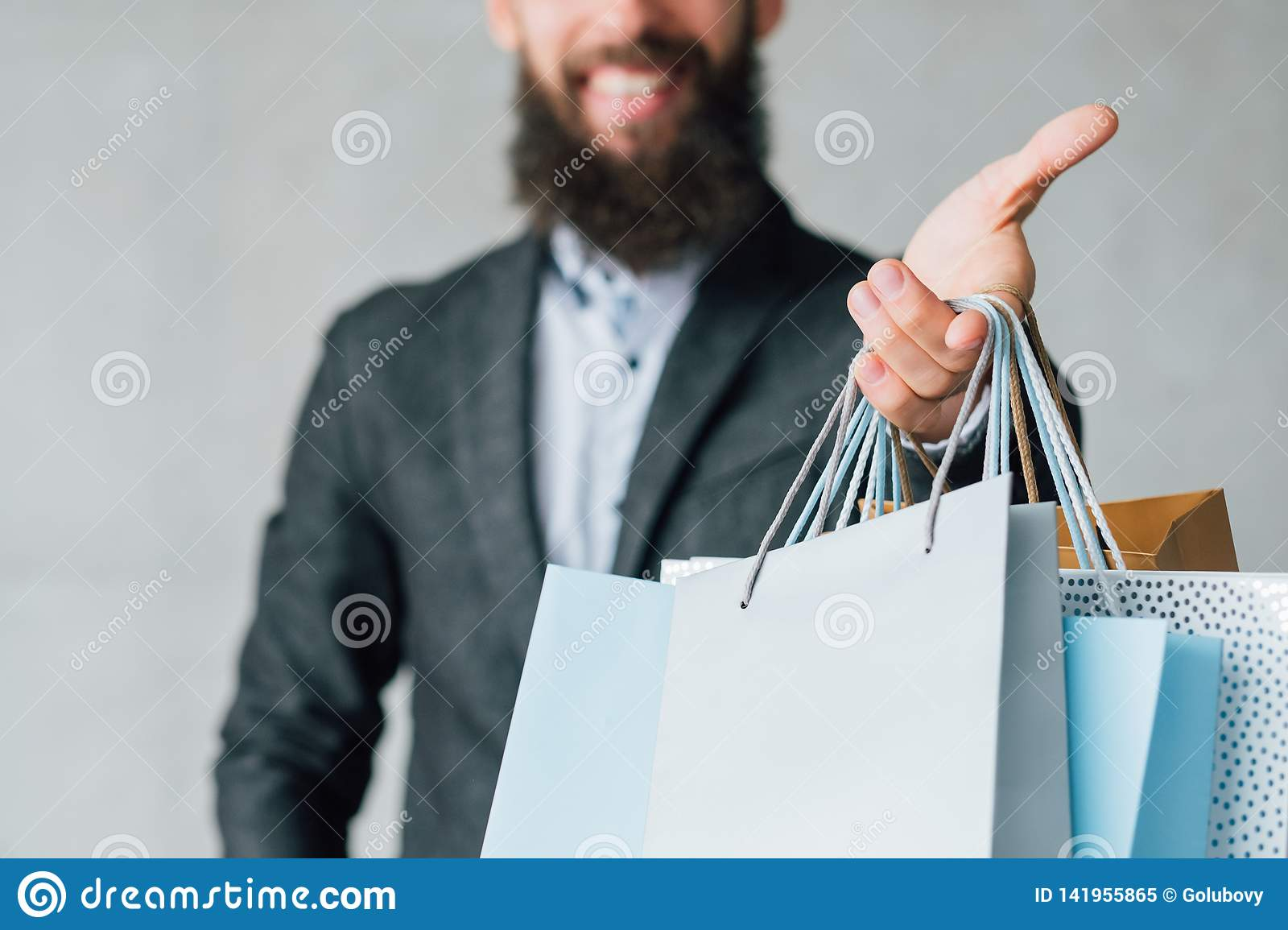 Online shopping urban lifestyle delivery service