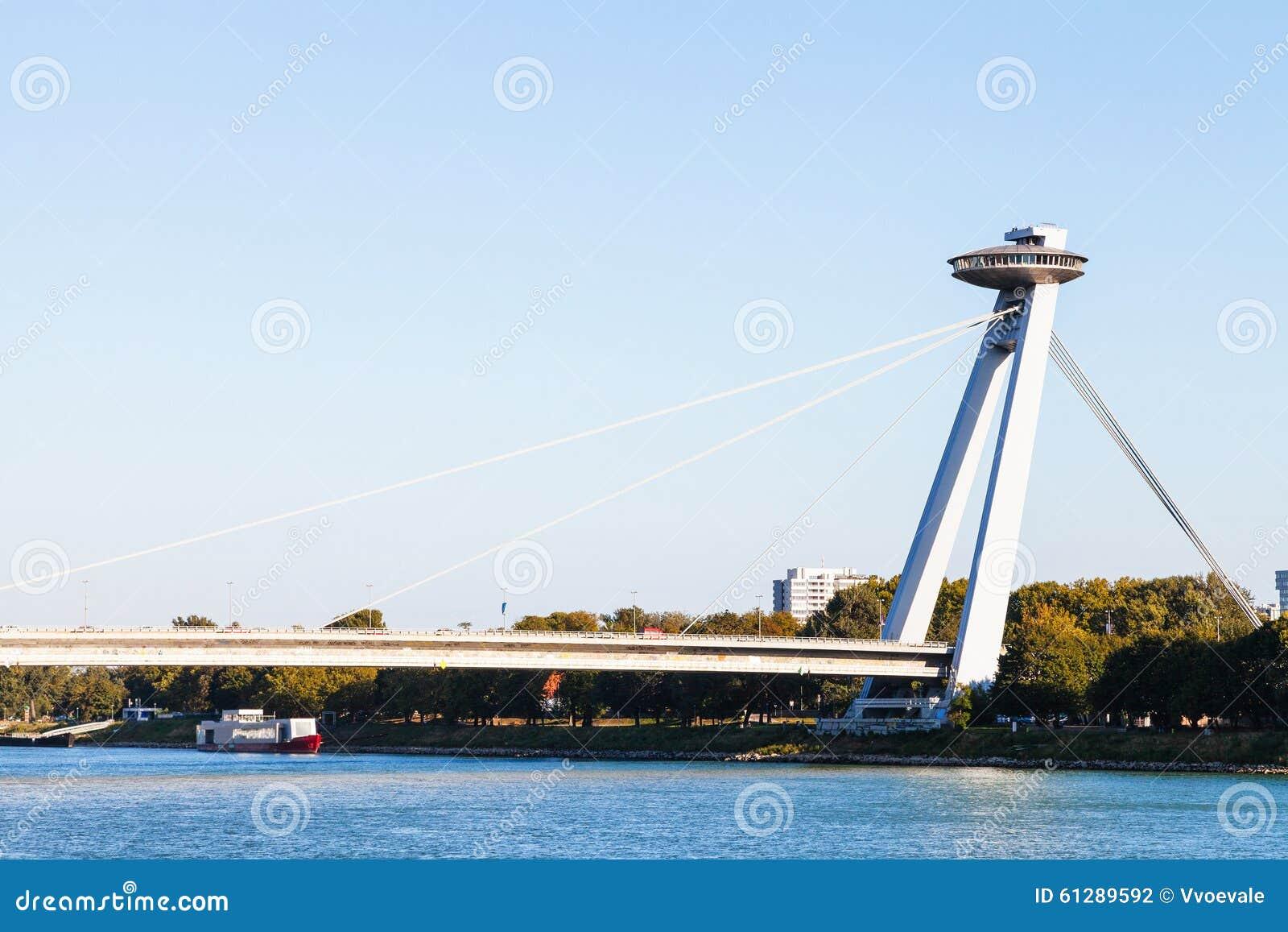 Ono potyka się Bratislava miasto - widok Najwięcej SNP mosta