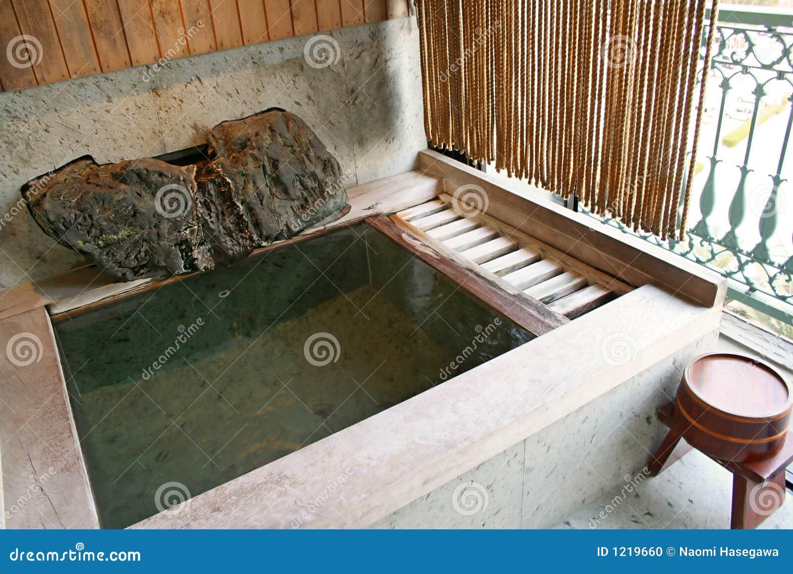 Japanisches Bad onsen bad stockfoto bild frühling wasser nebel 1219660