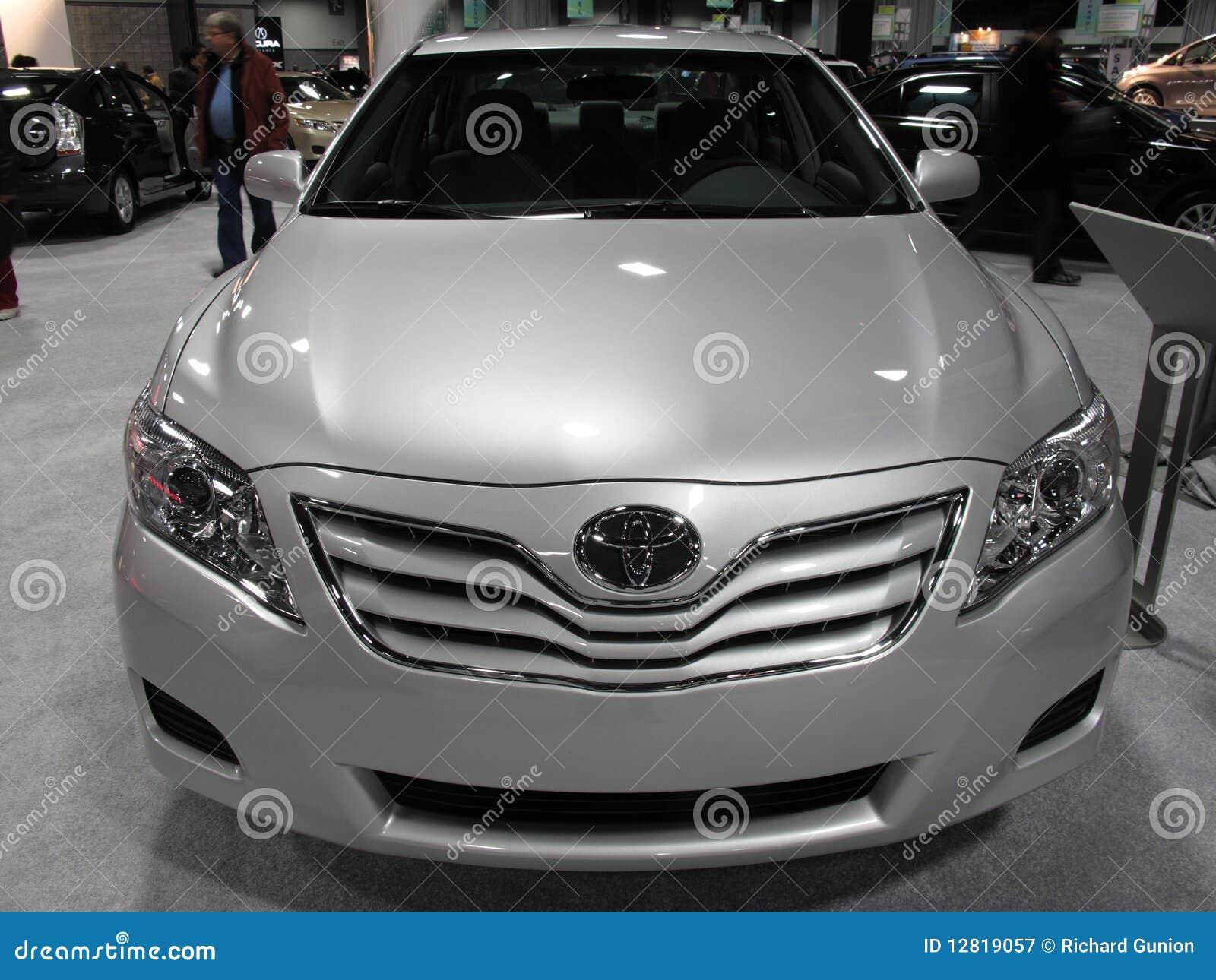 Ontsierd Toyota Camry