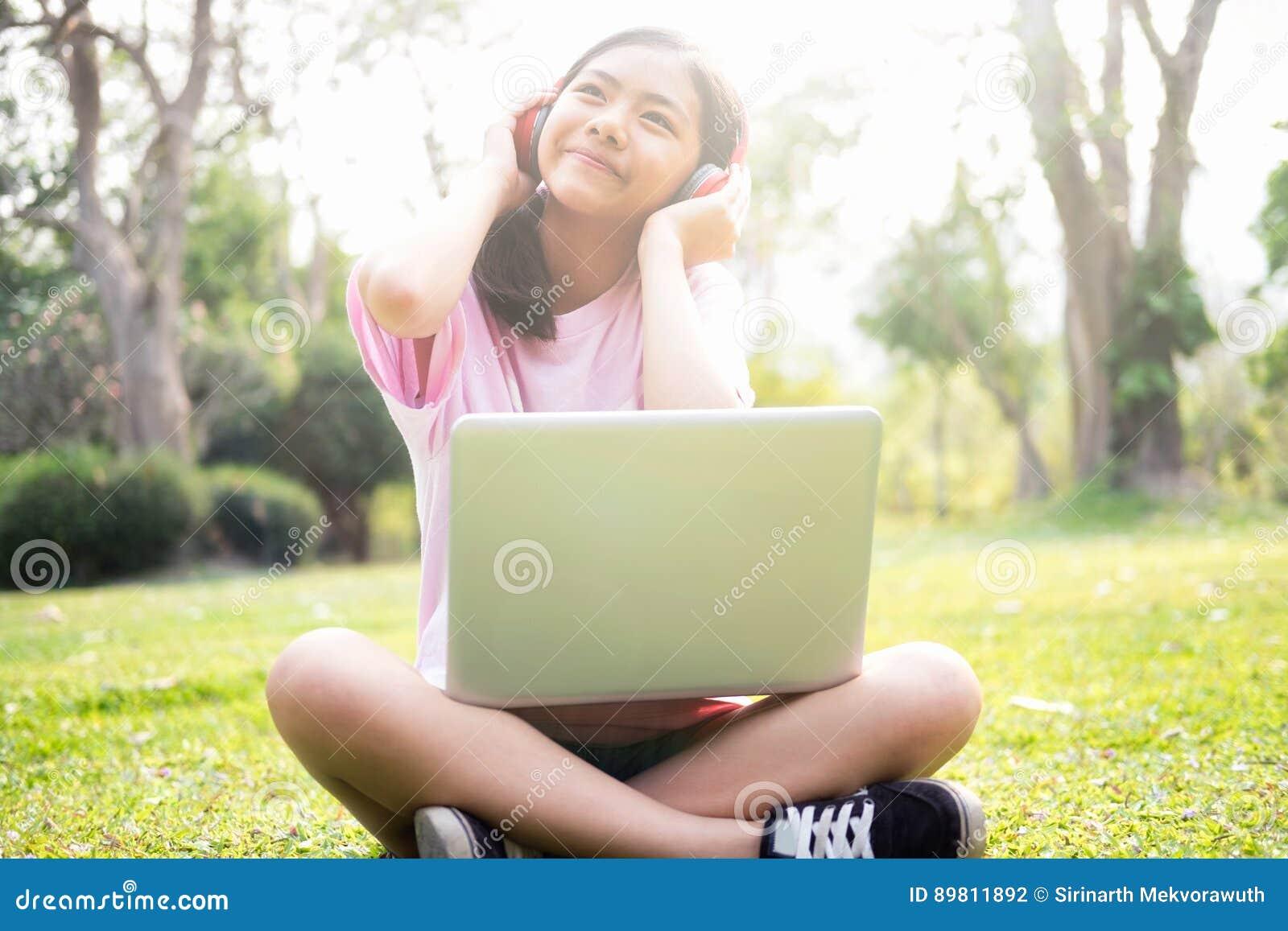 Ontspan en luister muziekconcept