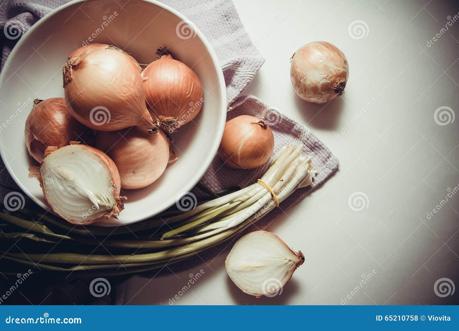 Oogst van uien