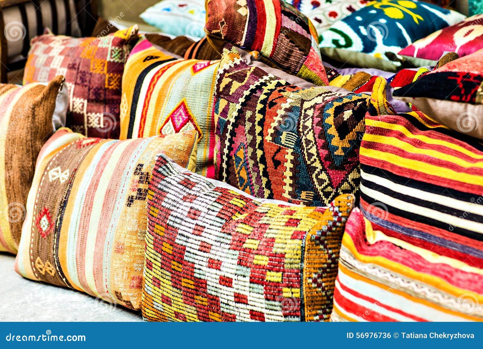 oosterse kussens stock foto afbeelding bestaande uit