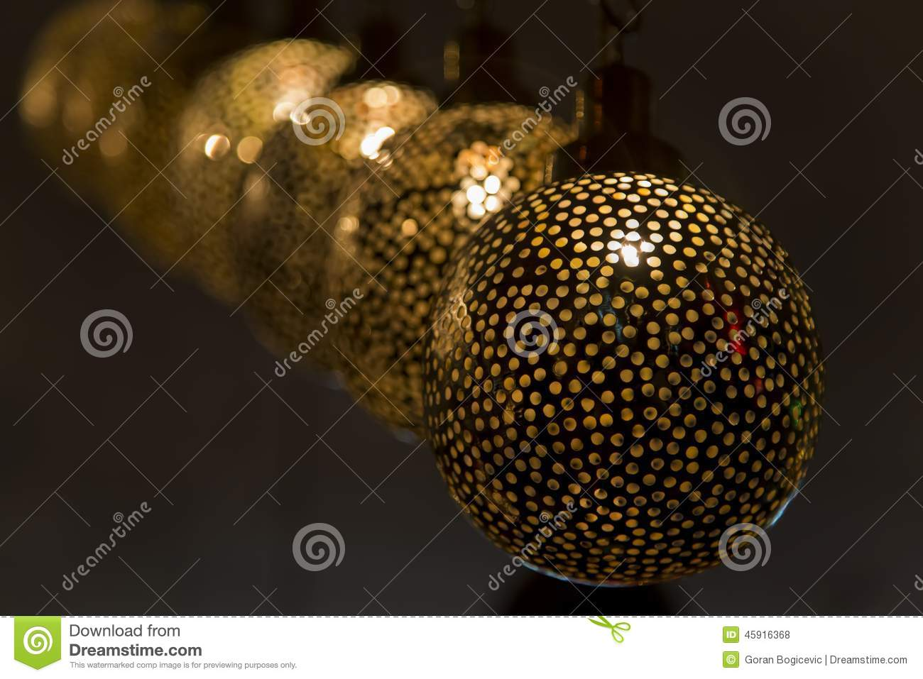 https://thumbs.dreamstime.com/z/oosterse-lampen-45916368.jpg