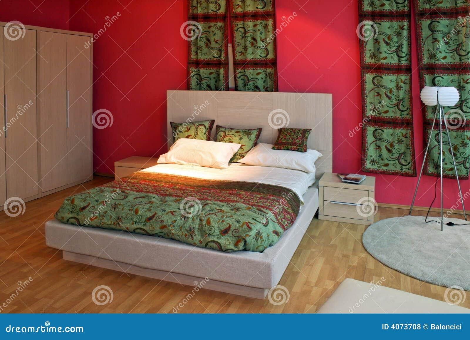 Oosterse slaapkamer stock foto. Afbeelding bestaande uit binnenlands ...