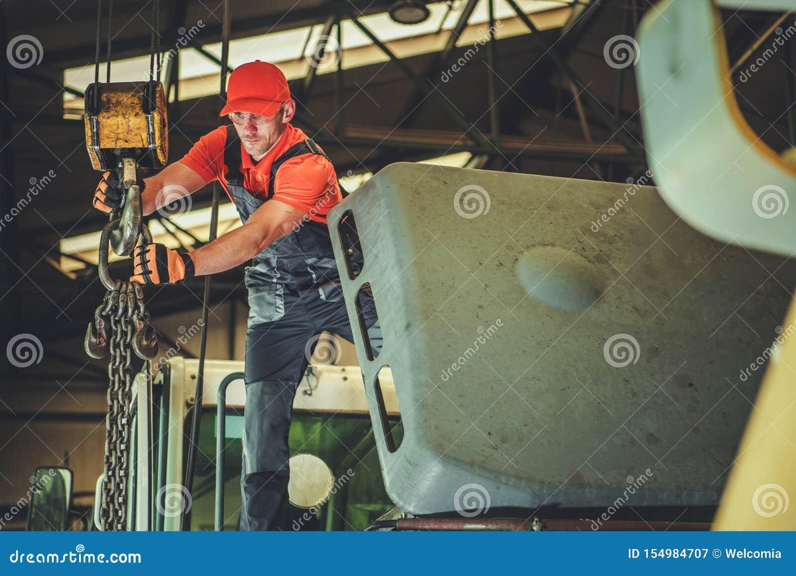 Opération d ascenseur d entrepôt