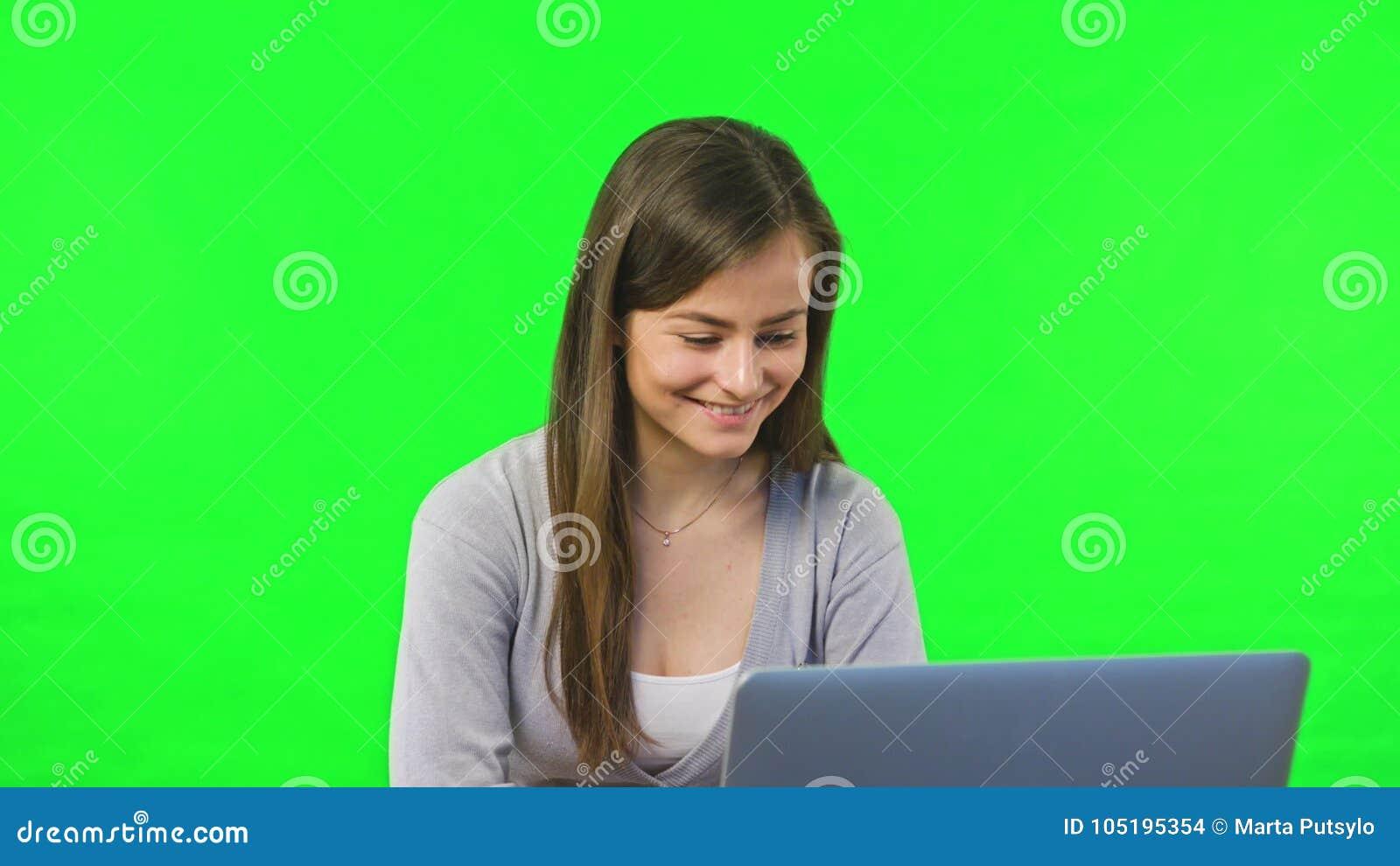 Opérations bancaires en ligne utilisant l ordinateur portable