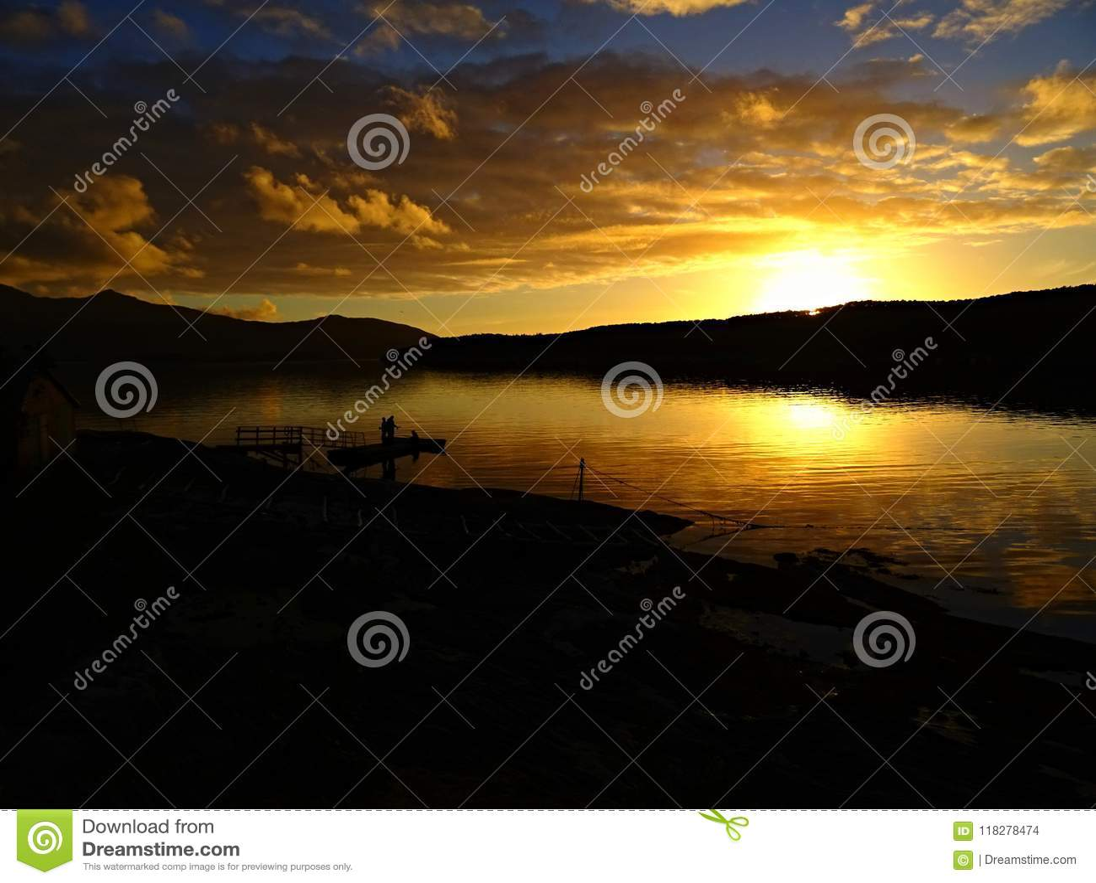 Opóźniona fjord eksploracja