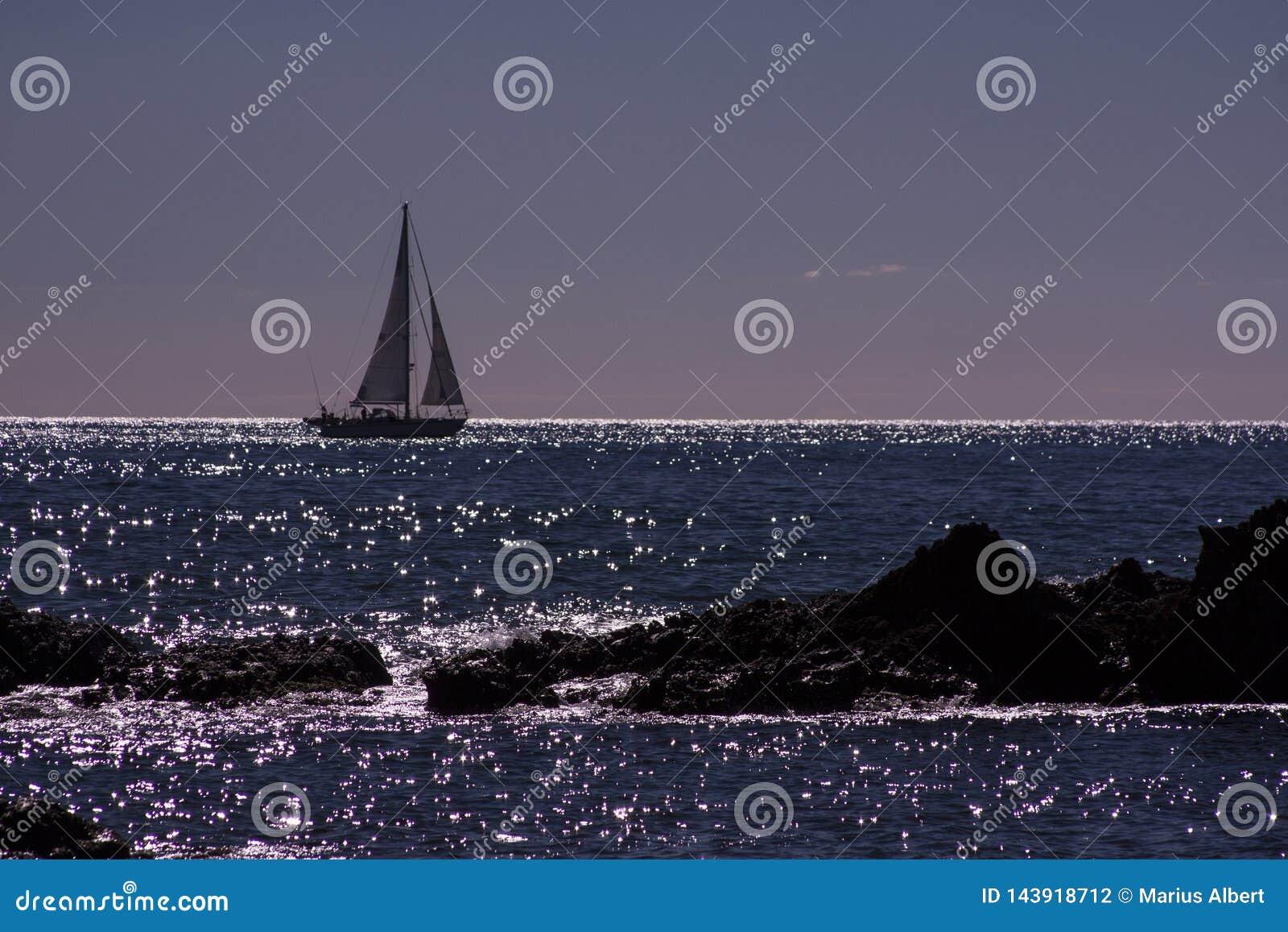 Op horizont een boot